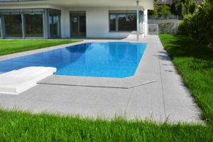 066 - realizace - bazénový lem
